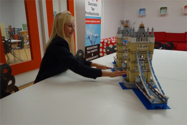 Lego London Bridge Action