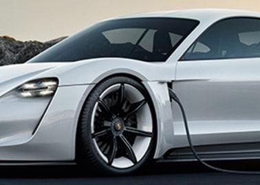 fuel efficient luxury cars