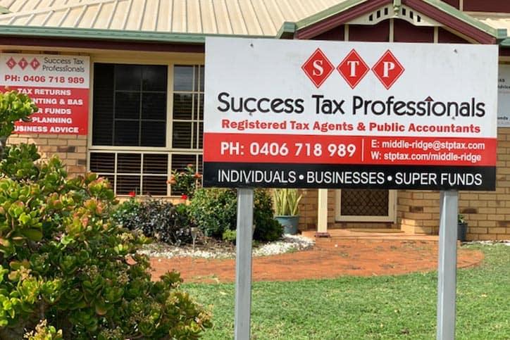 Middle Ridge tax accountant